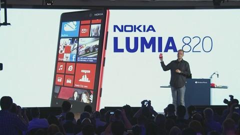 Nokia stellt das Lumia 820 vor