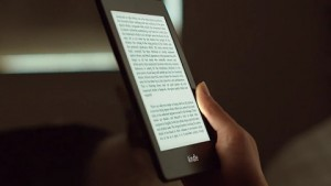 Amazon Kindle Paperwhite - Trailer