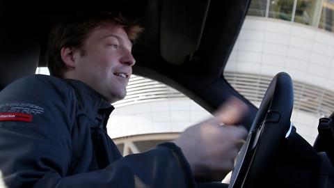 Im Porsche Carrera S mit Hamish Young von Criterion
