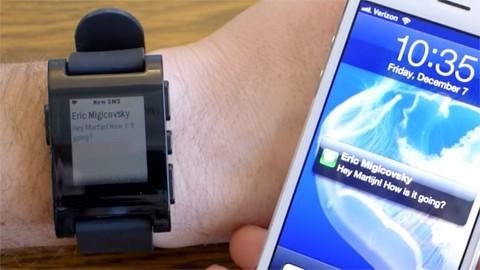 Pebble-Uhr bekommt iMessages