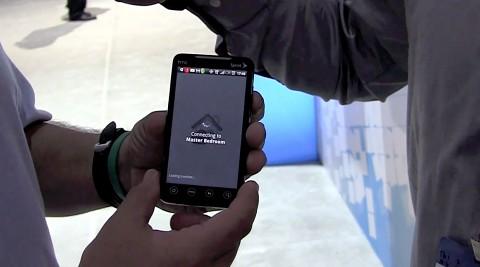 Slingbox-Gründer Blake Krikorian zeigt R2-App